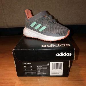 Adidas Duramo